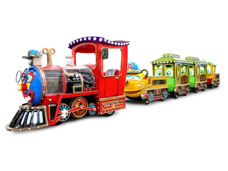 小火车受到了各种朋友的喜爱